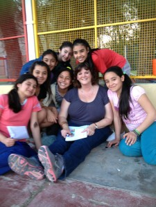 Just chatting with girls from the hogar and some of their friends